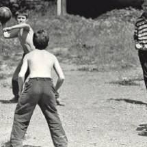 Детская (школьная) игра — «Вышибалы»