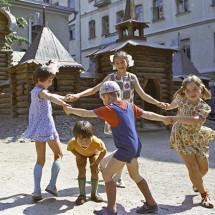 Детская игра — «Чай-чай-выручай»