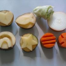 Развивающая детская игра — Картофельные штампики